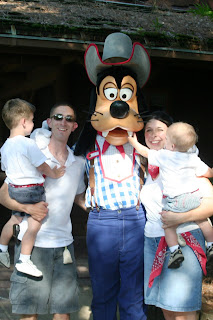 Mickey Mouse Backyard Bbq worley family: 05.30.09 walt disney world - mickey's backyard bbq