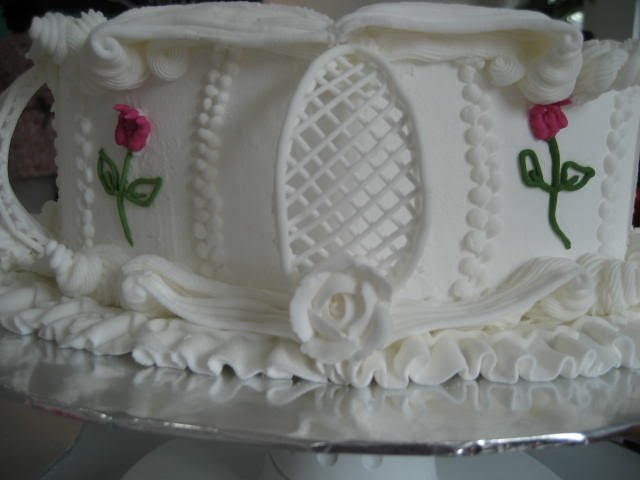 Cake Decoration With Icing : My Cake Story...: PME Diploma - Royal Icing Course