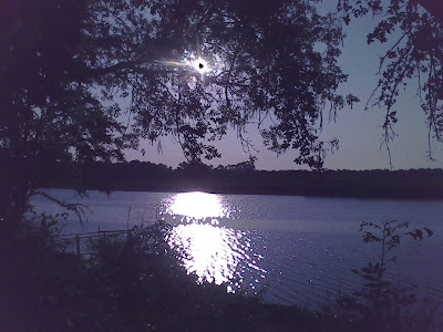 Descanso~ Laguna+LV+de+noche+reflejo