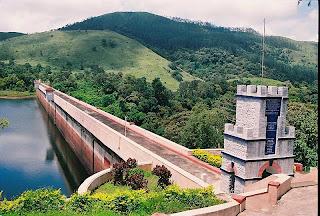 பெரியாறு அணை உடைந்து விடுமா Mullaperiyar-dam-photo