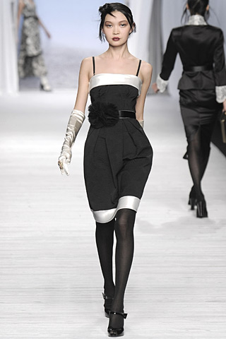 Eugenia Mandzhieva Mariella Burani Fall 2008 3 jpg image from bp0.blogger.com