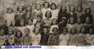 niñas en la escuela de Candelario