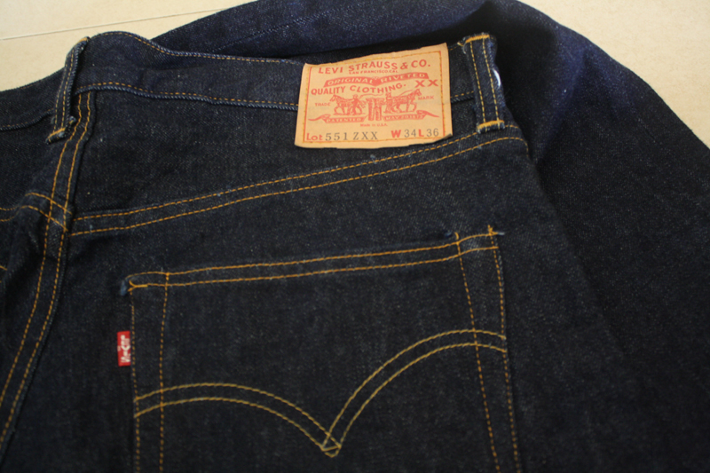 UBundle: Vintage Levis Big E LVC 551 ZXX Model 1955 Reproduction
