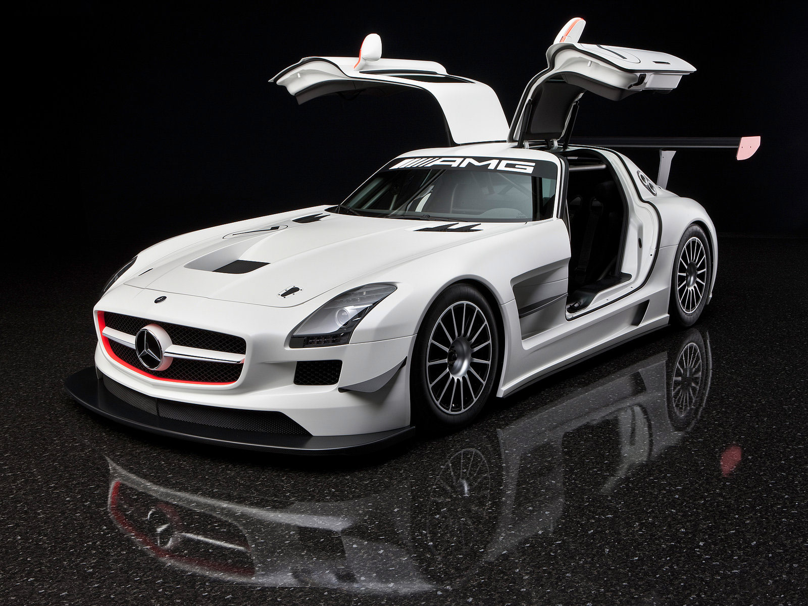 2011 mercedes benz sls amg gt3 car wallpaper for Mercedes benz cars images