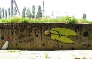 Amazing graphic graffiti  - wall graffiti
