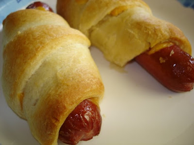 how to make pretzel dogs with crescent rolls