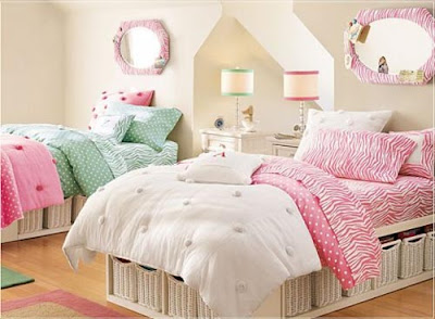 Pink Teen Room Design