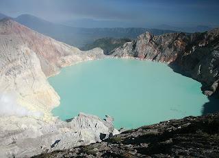 Ijen crater-kawah ijen
