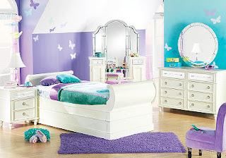 69 - Teen Girlz bed roomz