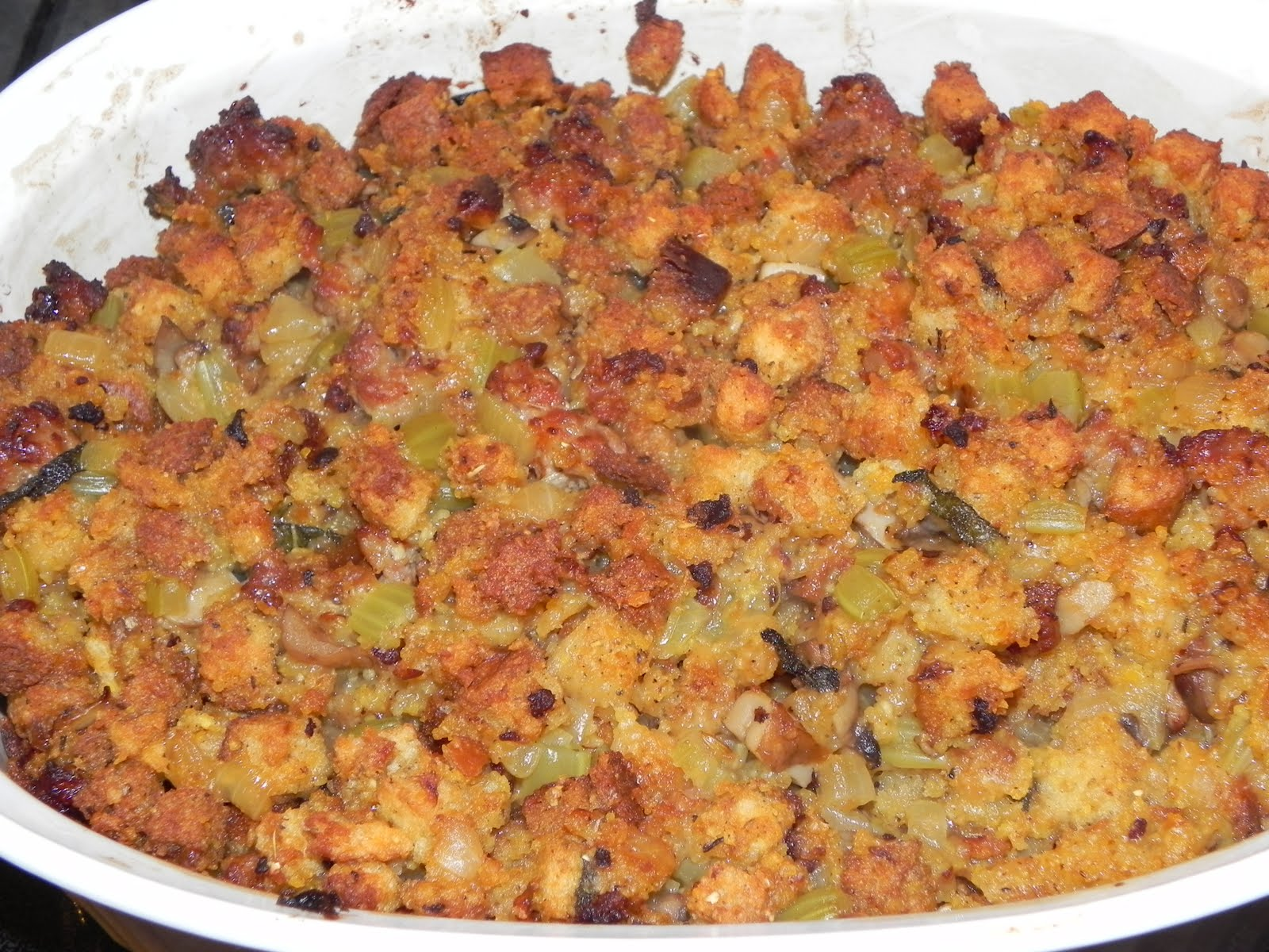 Farrah's Food Adventures: Spicy Sausage Stuffing