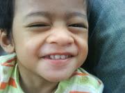 Senyumlah... senyum tu kan sedekah...