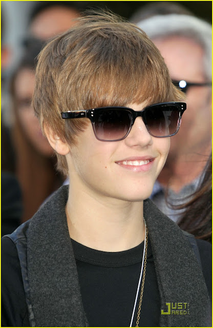 Pictures Of Justin Bieber New Haircut 2010. +ieber+new+hairstyle+2010