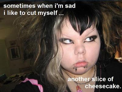 http://1.bp.blogspot.com/_mf3X6xFz1yA/ScVuBBP1swI/AAAAAAAAARs/_CKhxgWym1w/s400/emo+cheesecake.jpg