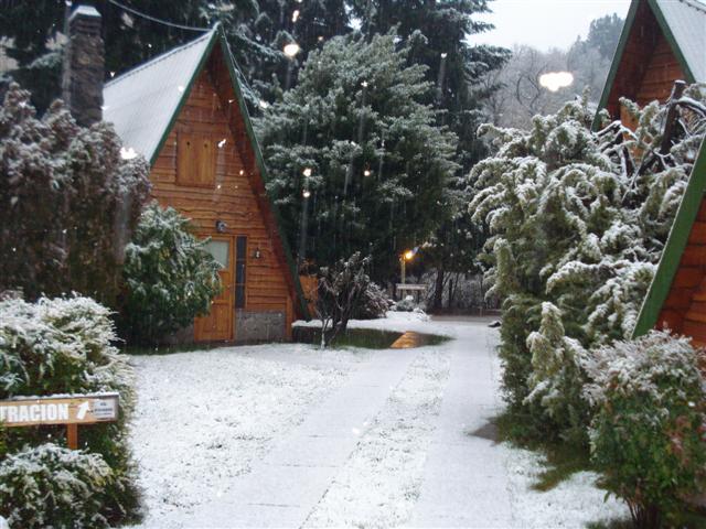 Caba as del oso san martin de los andes nieve en el - Alojamiento en la nieve ...