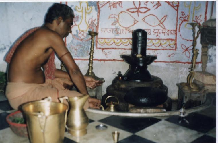 Ceremonia podczas swieta Sziwy