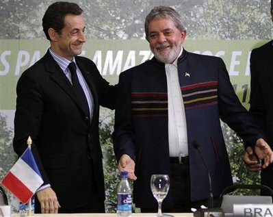 French President Nicolas Sarkozy and Brazilian President Luiz Inacio Lula da Silva
