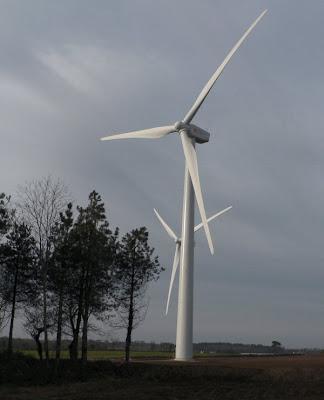 Photo du parc éolien de Plozévet - Kerigaret dans le Finsitère