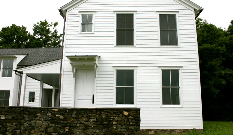 Mowery marsh architects llc not exactly a farmhouse for Farmhouse windows