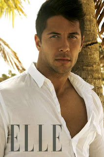 Shirtless picture of Verdasco on Spanish Elle magazine