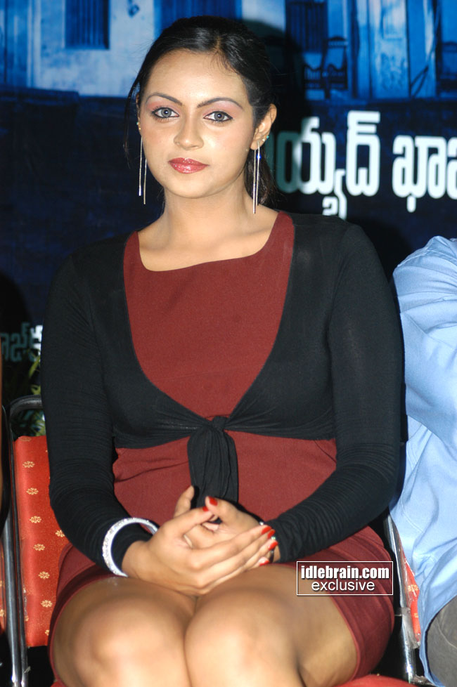 tamil virgin pussy photos