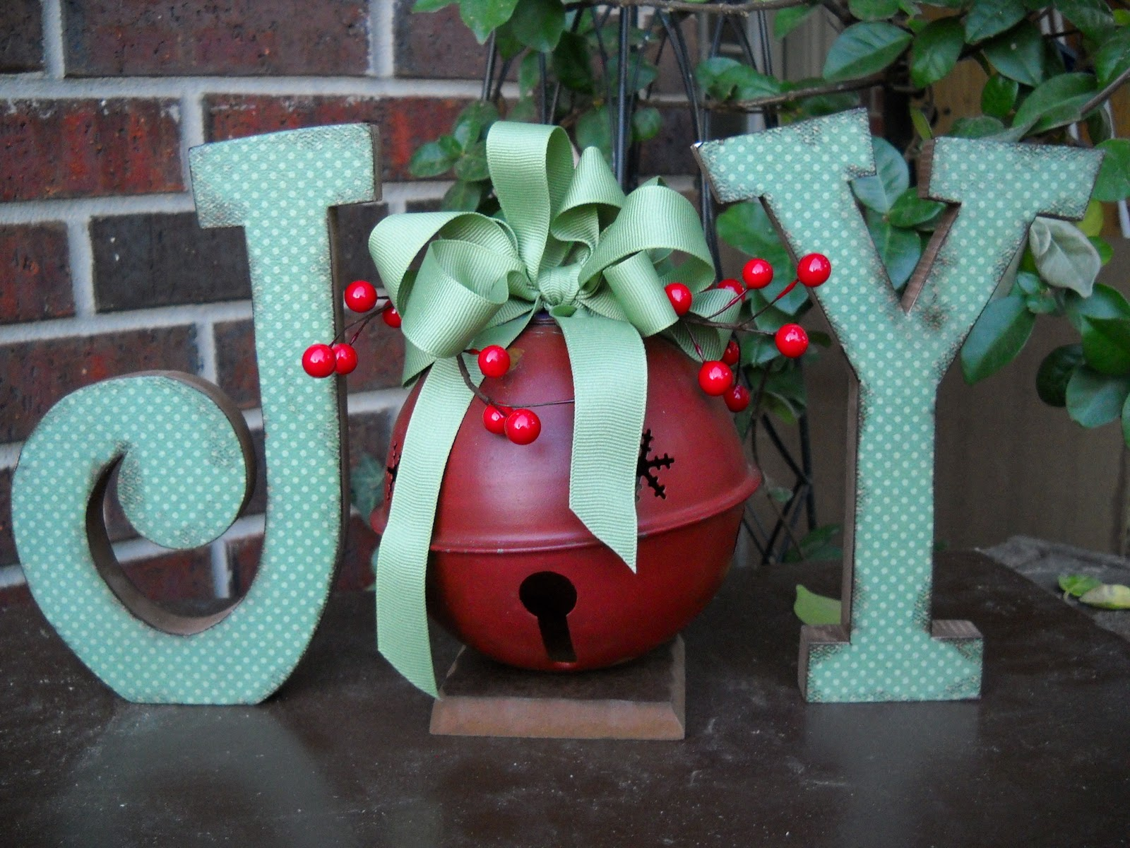 christmas decor chunky wood antiqued joy letters wood