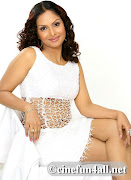 Esha DeolHot girl from bollywood hq images (hot actress jyothirmayi thigh show)