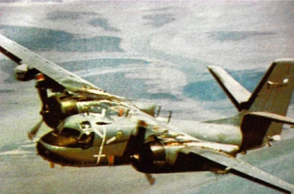 Aeronaves que participaron en la contienda. Grumman+Tracker+S-2E+(13)