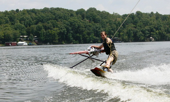 [extreme_ironing_competition_33.jpg]