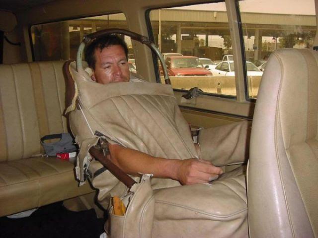 http://1.bp.blogspot.com/_mmBw3uzPnJI/S-RZmotMdPI/AAAAAAABO_M/l_pj2afbyyo/s1600/illegal_aliens_gets_owned_07.jpg
