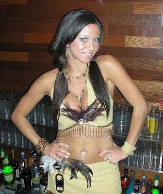 hot bartenders 13 Recopilación de fotos de camareras