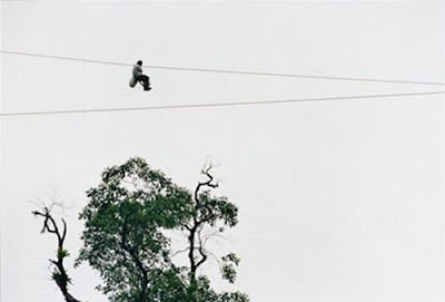 [Image: zipline_to_school_08.jpg]