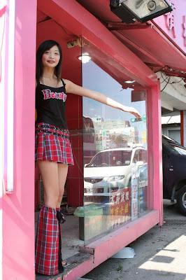 [Image: Taiwan_Prostitutes_06.jpg]