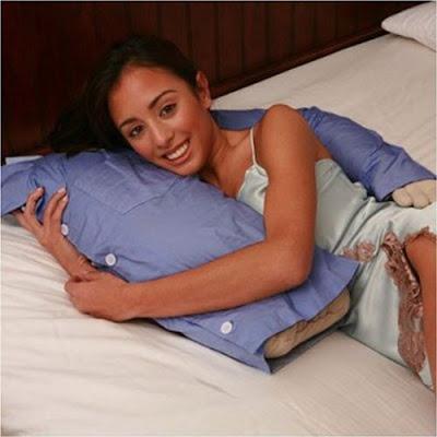 İlginç Yastık Tasarımları Funny-pillows-02