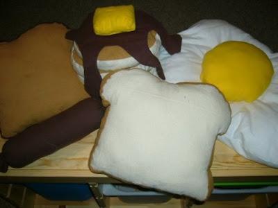 İlginç Yastık Tasarımları Funny-pillows-50