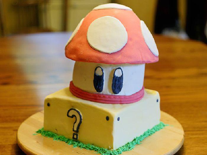 Mario Cake Pan