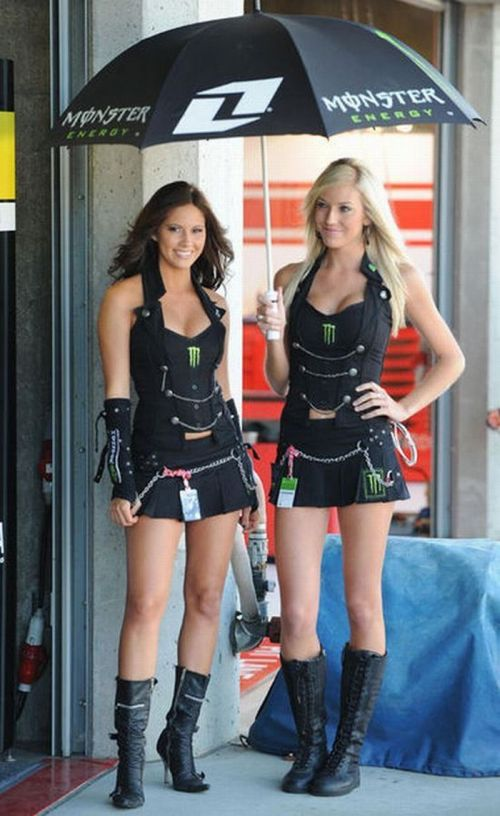 http://1.bp.blogspot.com/_mmBw3uzPnJI/S_u_1caaBUI/AAAAAAABSN8/0JqdnO5pOX0/s1600/Formula1_Pit_Babes_25.jpg