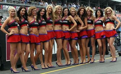 http://1.bp.blogspot.com/_mmBw3uzPnJI/S_u_T9zIX3I/AAAAAAABSMc/cRngDb7Jipc/s1600/Formula1_Pit_Babes_37.jpg