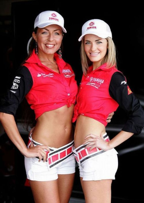 http://1.bp.blogspot.com/_mmBw3uzPnJI/S_vAyba2RaI/AAAAAAABSQE/IhAch08-wVs/s1600/Formula1_Pit_Babes_08.jpg