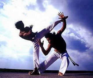 Capoeira_fight_dance_12.jpg