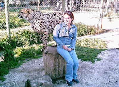 Kebun Binatang Paling Berbahaya di Dunia - Lujan Zoo36