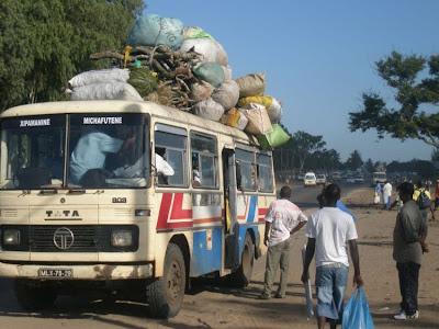 Foto-Foto Unik Masyarakat Afrika