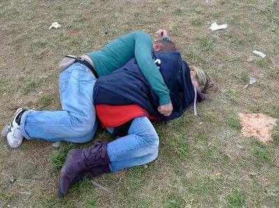 http://1.bp.blogspot.com/_mmBw3uzPnJI/Sss3c8foYAI/AAAAAAAAyNk/_IKZwIGNdL4/s400/oktoberfest_2009_07.jpg