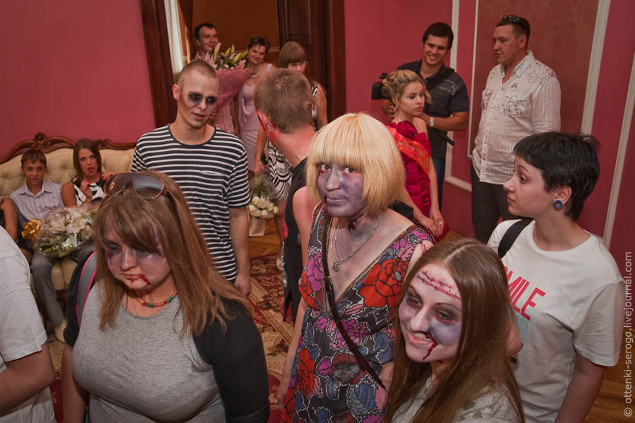 prince william and kate wedding_16. Zombie Wedding in Russia
