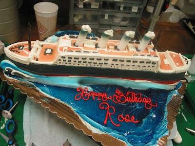 فن الحلويات Creative_cake_designs_34