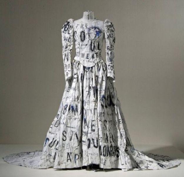 Damn cool pictures beautiful and unusual wedding dresses for Unusual dresses to wear to a wedding