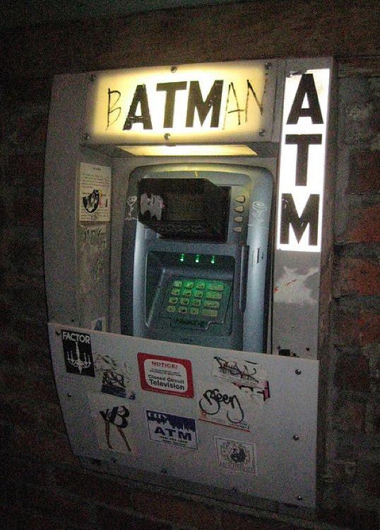 Gambar Mesin ATM Unik