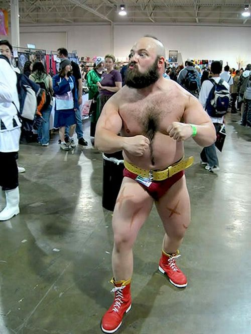 Cosplay - Página 10 Best_and_worst_of_street_fighter_cosplay_11