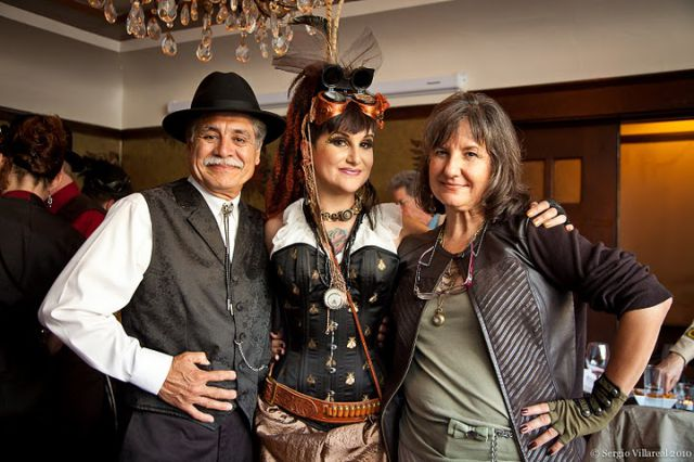 This couple decided to organize a steampunk wedding