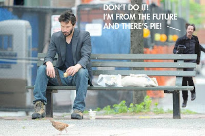 Meme Happy Keanu Reeves