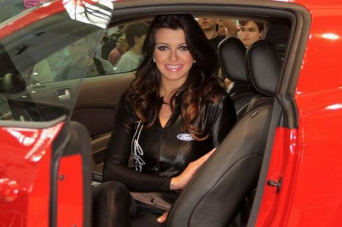 Brazilian Car Show Models glamour images